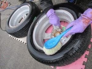 タイヤ汚れ落とし